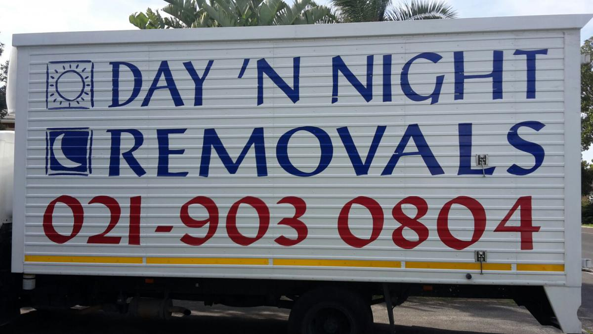 Day night removals 6